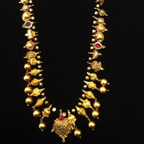 Gold neklace