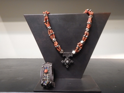 Silver and corail